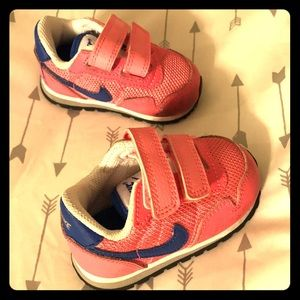 Hot pink nike infant sneakers